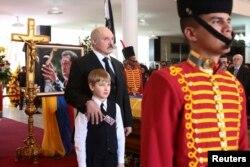 Лукашэнкі на пахаваньні Чавэса
