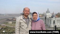 Turkmen activist Farid Tuhbatullin (left) and his mother Khalida Izbastinova, whose apartment was stoned by unknown men in Dashoguz on October 8. (file photo)
