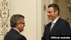 Віталій Кличко під час зустрічі з президентом Польщі Броніславом Коморовським