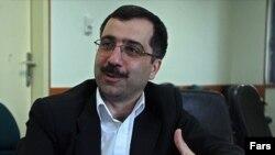 شاهین آخوند زاده، قائم مقام معاونت تحقیقات و فناوری وزارت بهداشت ایران