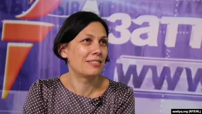 Правозащитник Татьяна Чернобиль. Алматы, 26 июня 2015 года.