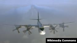 Ресейдің Ту-95 стратегиялық бомбалаушы ұшағы