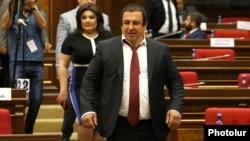 ԲՀԿ ղեկավար Գագիկ Ծառուկյանը, արխիվ