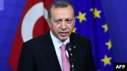 Թուրքիայի նախագահ Ռեջեփ Էրդողանը Բրյուսելում, 5-ը հոկտեմբերի, 2015թ․