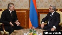 Հայաստանի նախագահի և ՀԱՊԿ-ի գլխավոր քարտուղարի հանդիպումներից, արխիվ