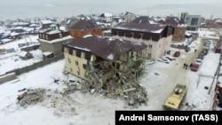 Разрушенный дом в Красноярске