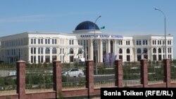 Здание «Дома Дружбы», в котором проходил саммит глав Прикаспийских государств. Актау, 12 августа 2018 года.