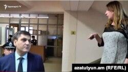 Артур Геворкян поручил полиции вывести журналистов из здания мэрии Еревана, 19 февраля 2018 г.