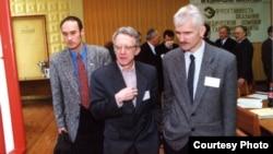 Валянцін Стэфановіч, Валянцін Гефтэр, Алесь Бяляцкі. 2000 год.