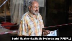 Реставратор Анатолій Остапчук