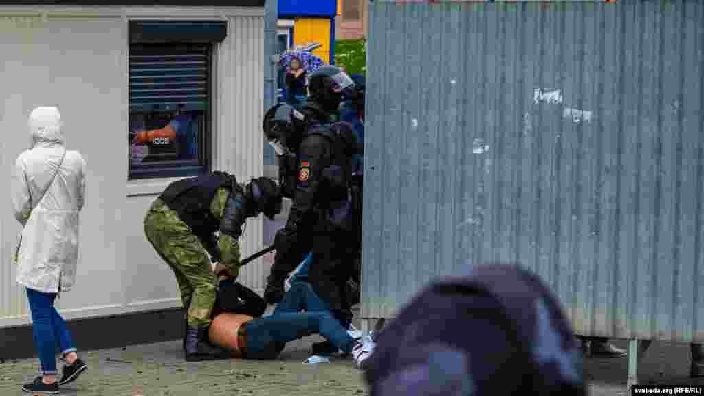 Жорсткі затримання у Гродно