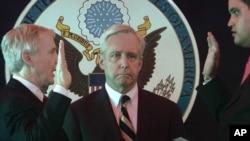 New U.S. Ambassador to Afghanistan Ryan Crocker (left) during his swearing-in ceremony in Kabul