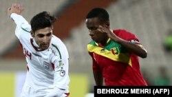 در بازی مقابل گینه در ورزشگاه آزادی تهران