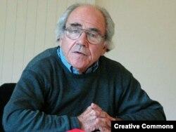 Jean Baudrillard, 2004