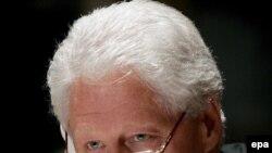 Кто как не Билл Клинтон, чье увлечение саксофоном общеизвестно, мог по достоинству оценить мастерство Игоря Бутмана?