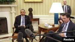 Барак Обама жана Жеймс Коми