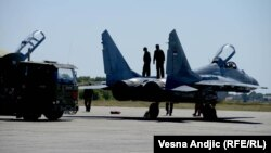 Vojno vazduhoplovstvo Srbije na aerodromu Batajnica, 2012, avion MiG 29
