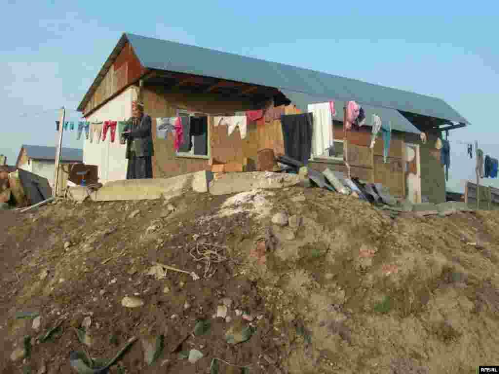 После сноса домов в поселении «Тойлысай» #12