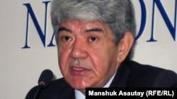 Мэлс Елеусизов, лидер экологического союза «Табигат». Алматы, 14 февраля 2011 года.