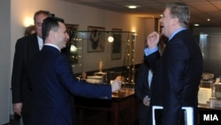 Премиерот Никола Груевски се сретна со еврокомесарот за проширување Штефан Филе во Скопје. 01 март 2013.