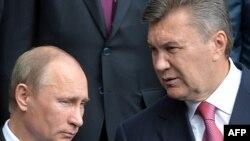 Vladimir Putin və Viktor Yanukovych