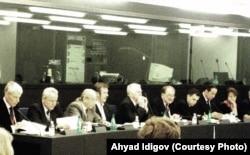 Ахъяд Идигов на встрече Евросоюз-Россия в Европарламенте. Страсбург, 2005