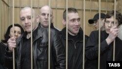 Нацболы в клетке. Таганский суд Москвы, 24 марта 2008