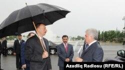 İlham Əliyev və Ziya Məmmədov.