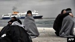 کودک پناهجو در ساحل لسبوس، یونان