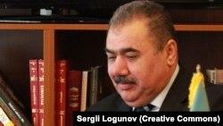 A.Alışanov