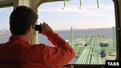 Более трети всего российского экспорта приходится на сырую нефть