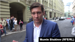 Dmitry Gudkov is currently serving a 30-day jail term for taking part in an unsanctioned rally on July 27.