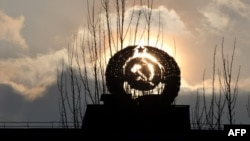 Заход Сонца ў Прыпяці каля Чарнобыльскай АЭС