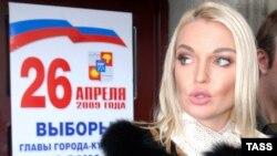 Former prima ballerina Anastasia Volochkova (in 2009 photo) publicly broke ranks and said she'd been duped into joining United Russia and denouncing jailed former oligarch Mikhail Khodorkovsky.