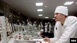 این تجهیزات می توانند در تاسیسات هسته ای غیر نظامی یا ساخت سلاح های هسته ای به کار روند.