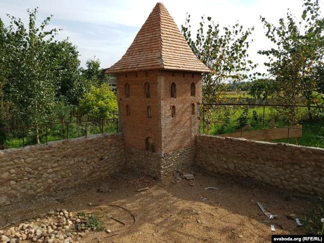 «Дадуманая» малая вежа