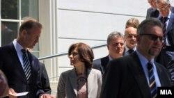Амбасадорите од ЕУ на средба со премиерот Никола Груевски.