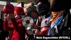 ქალთა მიმართ ძალადობის წინააღმდეგ გამართული აქცია. თბილისი, 2014 წელი