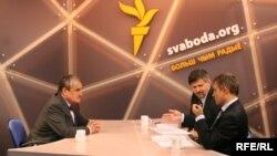К.Шварцэнбэрг, А.Лукашук і Я.Максімюк ў студыі Свабоды
