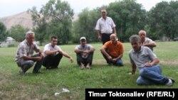 Юрьевка айылынын тургундары. Чүй облусу, 7-август, 2013.