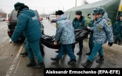 Погибший в результате обстрела автобуса в Еленовке