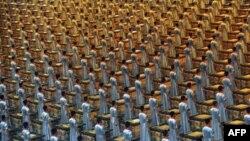 به دليل اهميت عدد هشت در نزد چينی ها، که آن را خوش يمن می دانند، اين بازی ها در ساعت هشت بعد از ظهر آغاز شد.(عکس: AFP)