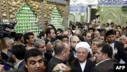 اکبر هاشمی رفسنجانی روز چهارشنبه به کربلا سفر کرد.