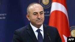 Турскиот министер за надворешни работи Мевљут Чавушоглу