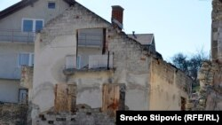 Obiteljska kuća Aleksandrovog oca još je porušena