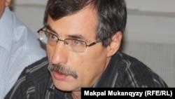 Правозащитник Евгений Жовтис.