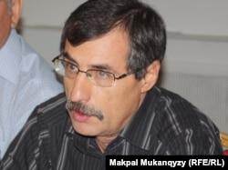 Правозащитник Евгений Жовтис. Алматы, 6 сентября 2013 годa.