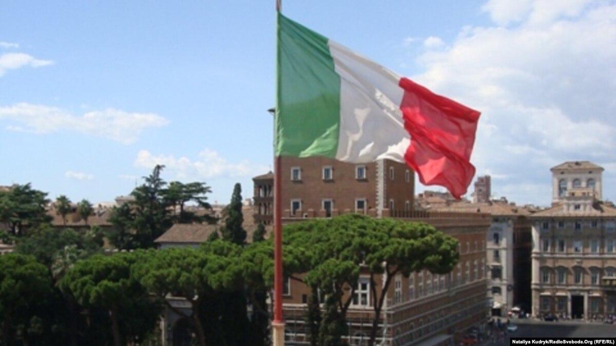 В Италии из-за недостаточного финансирования образования профильный министр подал в отставку