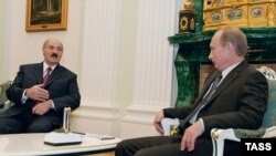 То, что об итогах встречи Владимира Путина с Александром Лукашенко практически ничего не сообщается, не случайно