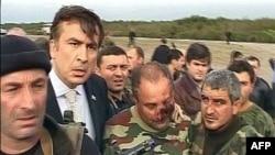 Впервые возможность требования вывести миротворцев из региона озвучена главой Грузии Михаилом Саакашвили